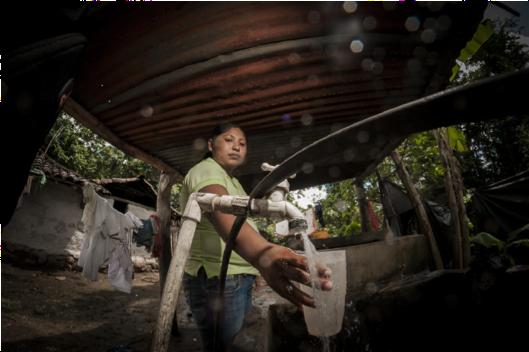 La construcción de infraestructuras en las comunidades generó oportunidades laborales
