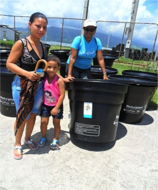 With support from the joint programme, residents of urban center Abel Santamaría were able to improve access to safe water by using wáter tanks