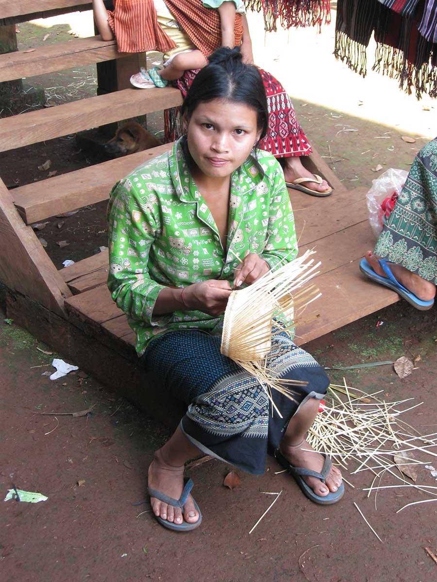 Basket weaver in Ratanakiri